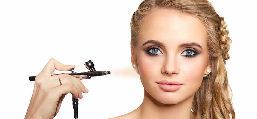 Differences Between Airbrush And Regular Makeup